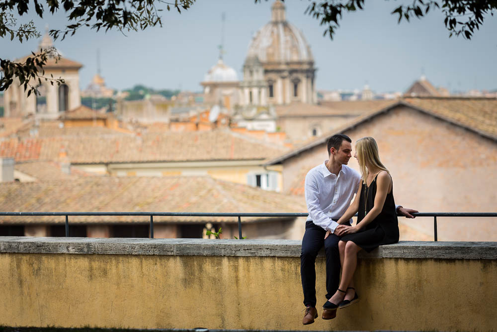 In love in Rome engagement session