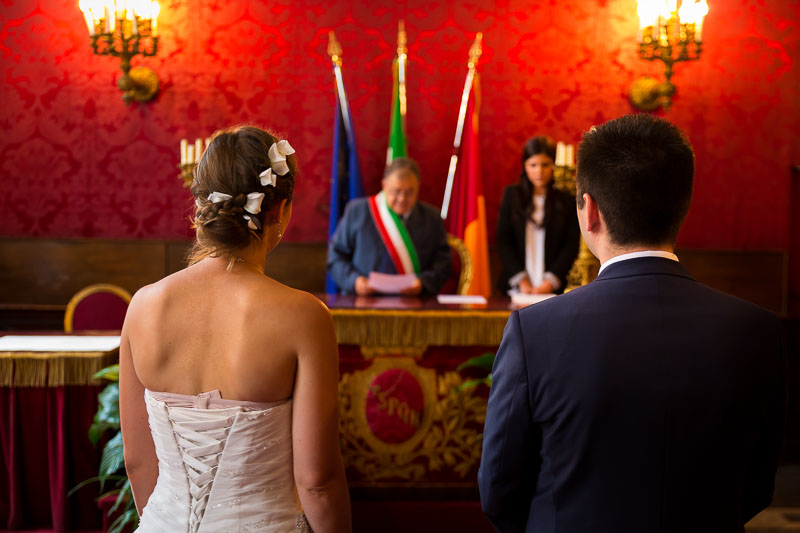 Getting married in Campidoglio Town Hall Civil marriage