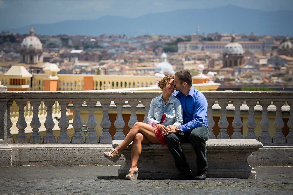 Looking over the roman rooftops. Engagement photos in Rome