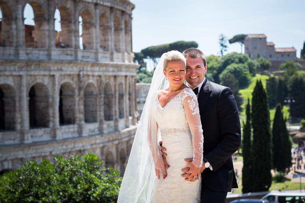 Couple married portrait at the Coliseum