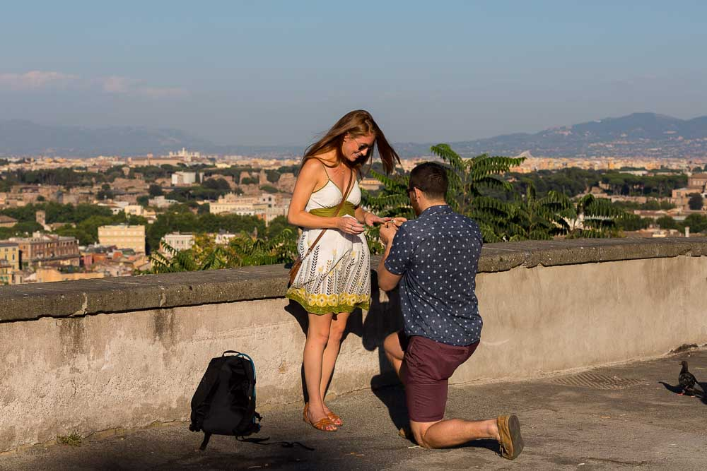 Proposing marriage at Gianicolo. Rome Surprise Wedding Proposal