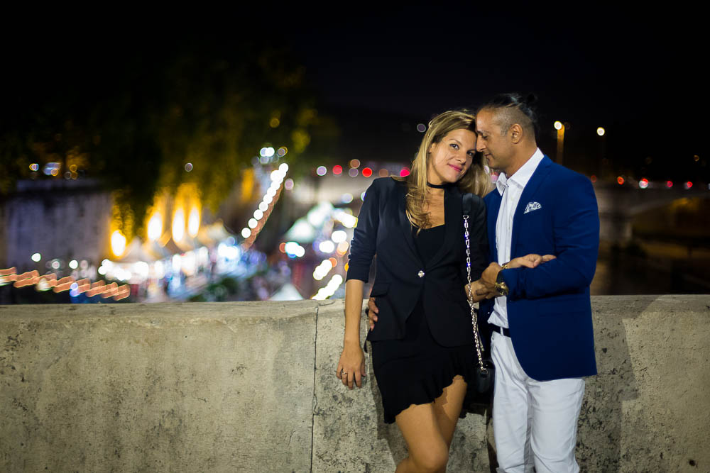 Tiber bridge couple portrait session with night lights