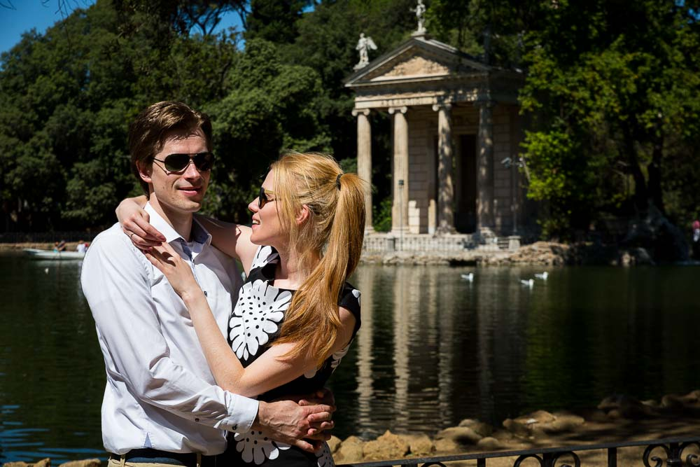 Close up image of an engaged couple during a photo session in Rome by the lake