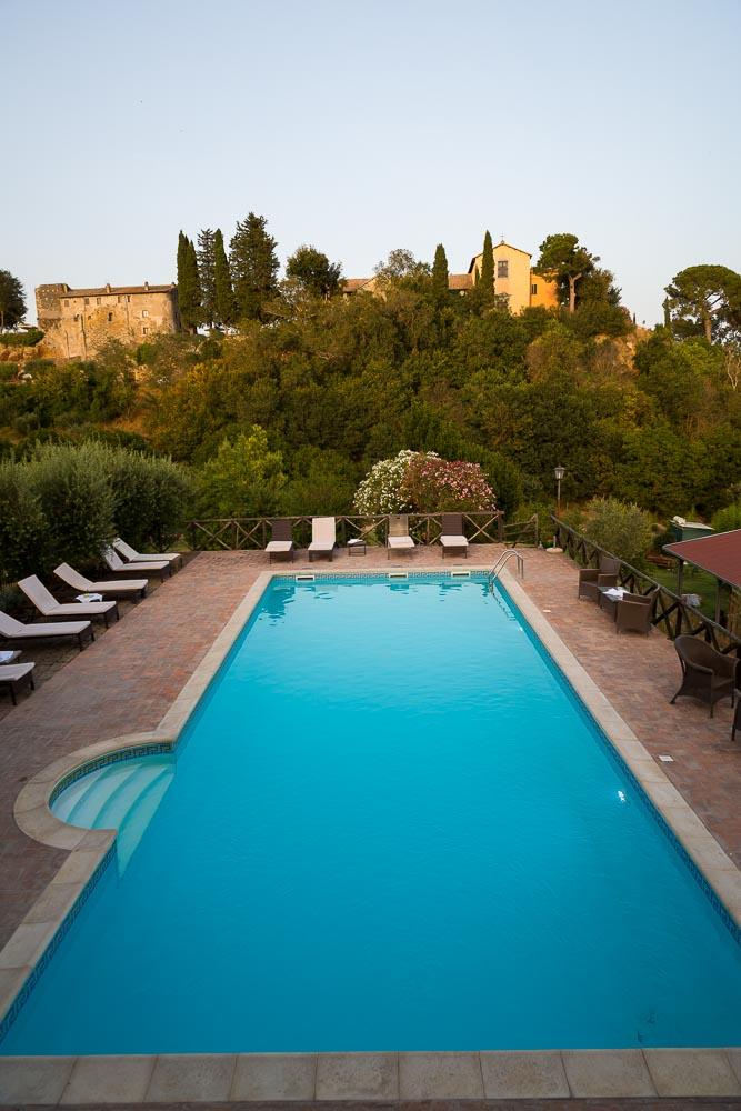 The swimming pool at Tragliata Borgo