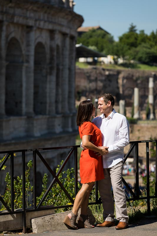 Couple photo session in the streets around the Roman Colosseum