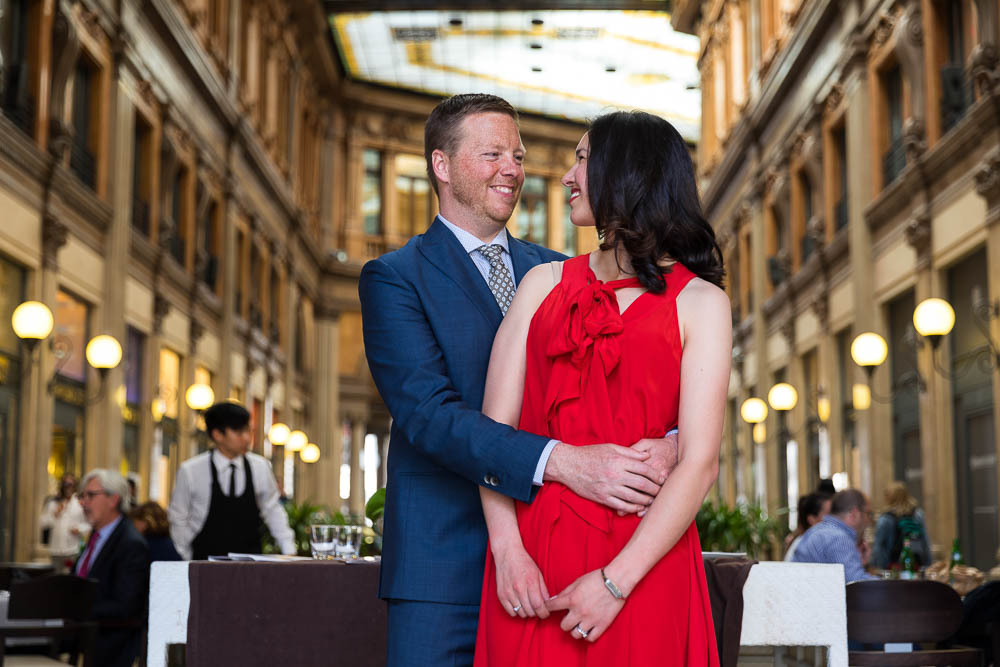 Final portrait image of a couple in Galleria Alberto Sordi