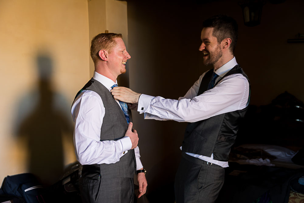 Groom and best man preparation