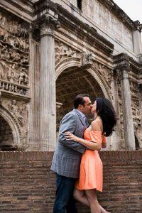 Kiss under arch