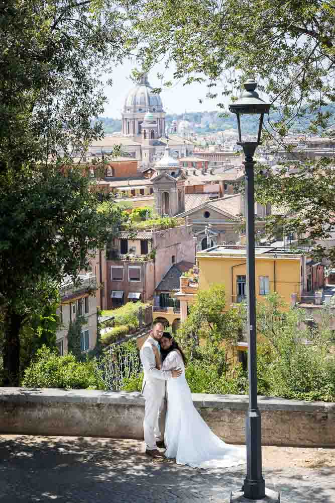 Matrimonial couple portrait with the stunning city as background