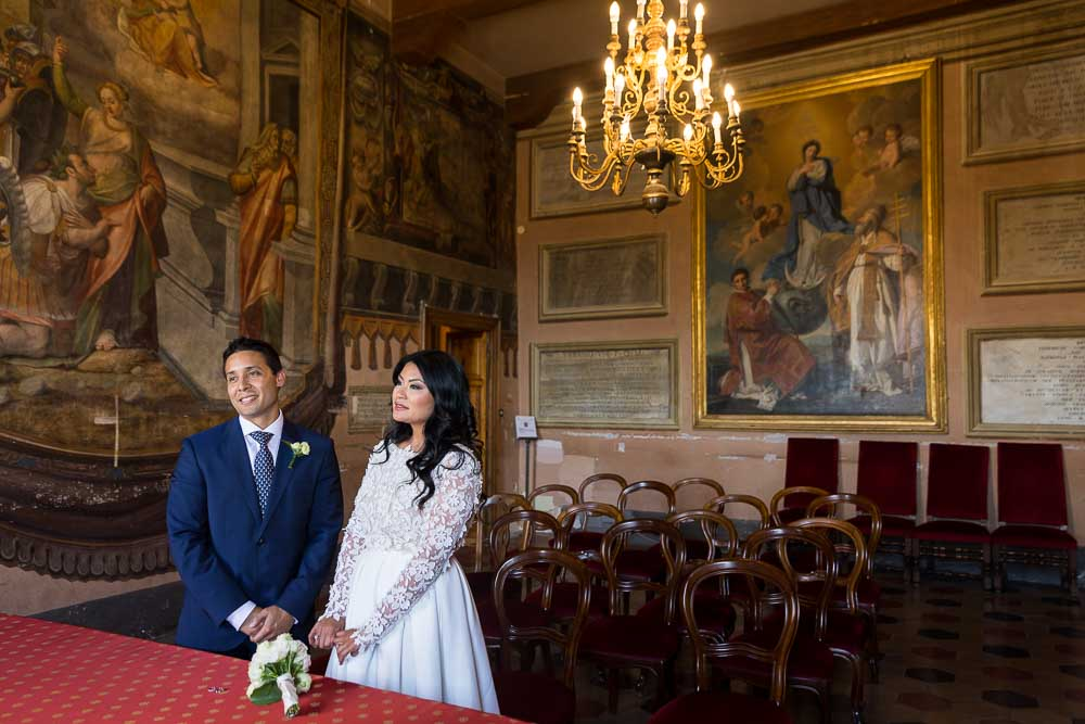 Getting married in the Ticoli town hall in Italy