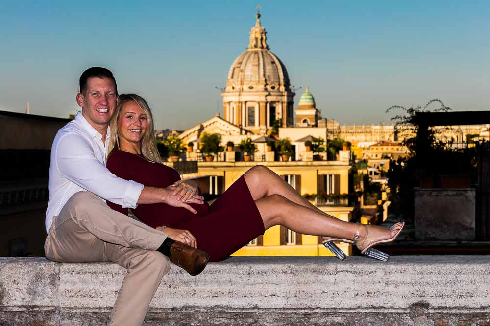Couple photo session before the roman rooftop views