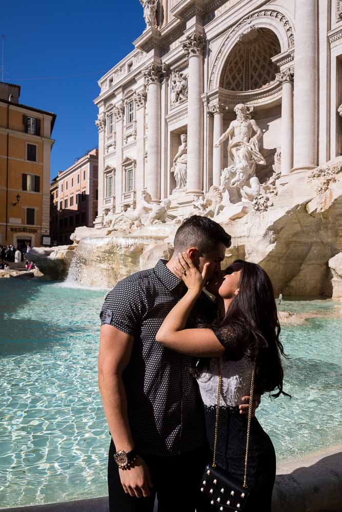 Kissing at the Trevi fountain