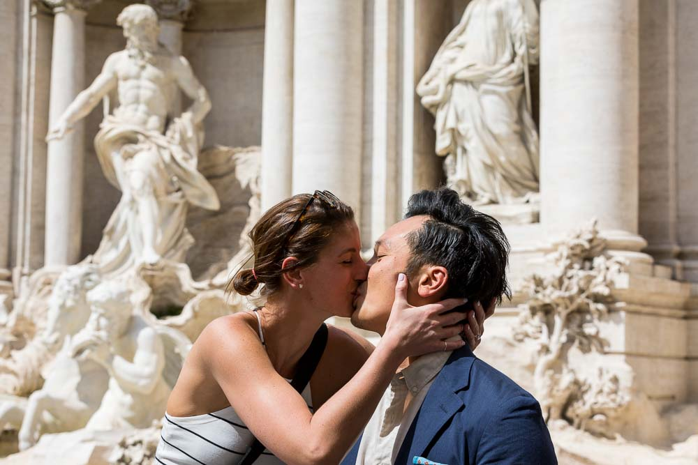Couple kissing in Rome