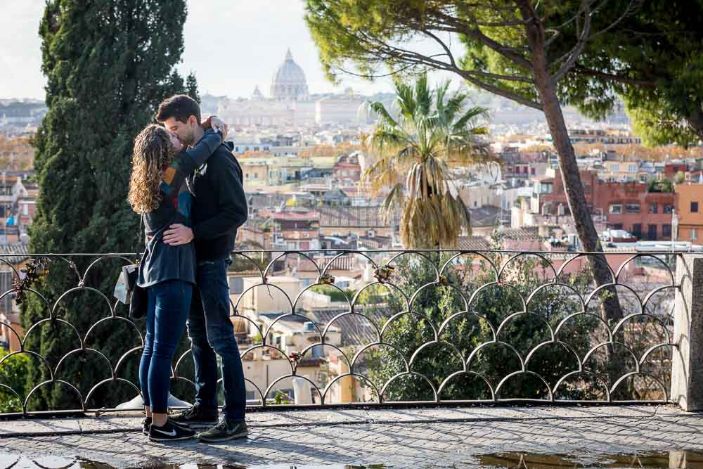 In love in Rome couple photo session