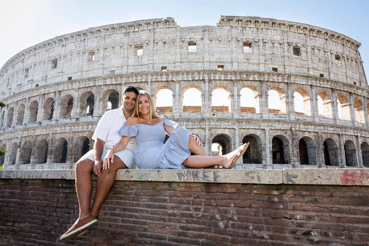 Rome Couple Photo Shoot having fun at the Roman Colosseum