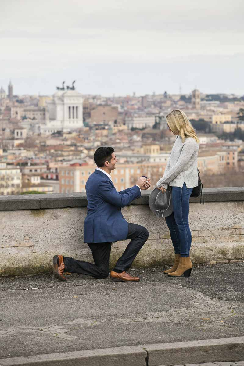 Surprise marriage proposal at the Janiculum hill