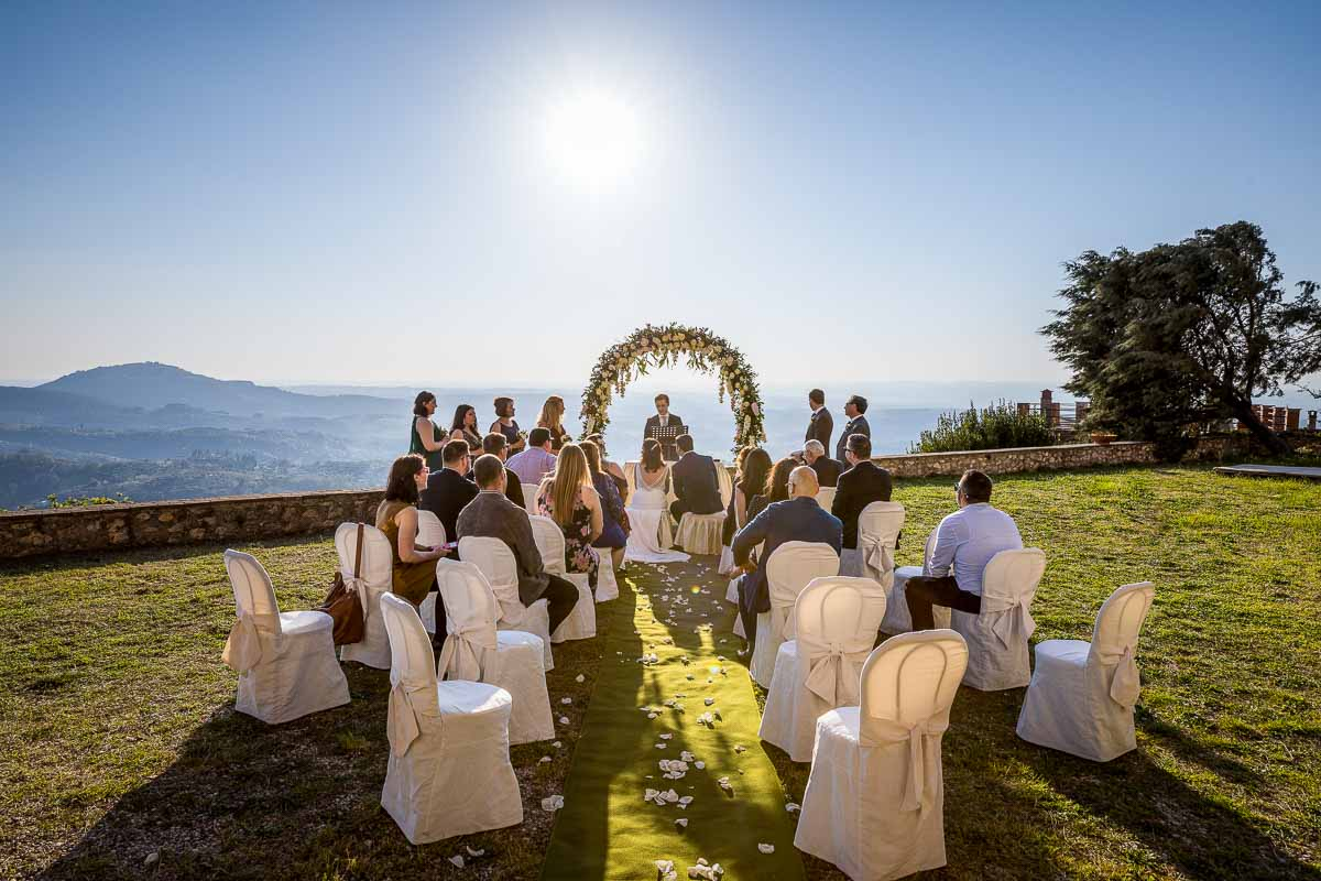 The matrimonial ceremony set outdoor Castello Savelli in Palombara Sabina