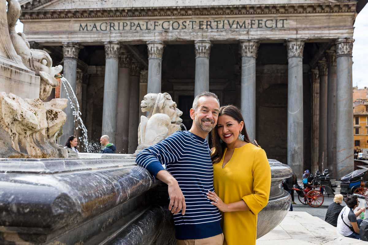 Posing before the roman Pantheon during a couple photo shoot