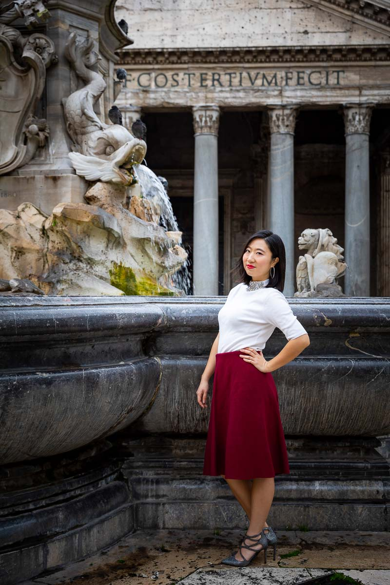 Instagram pose stance model photography in Rome's Pantheon in Italy