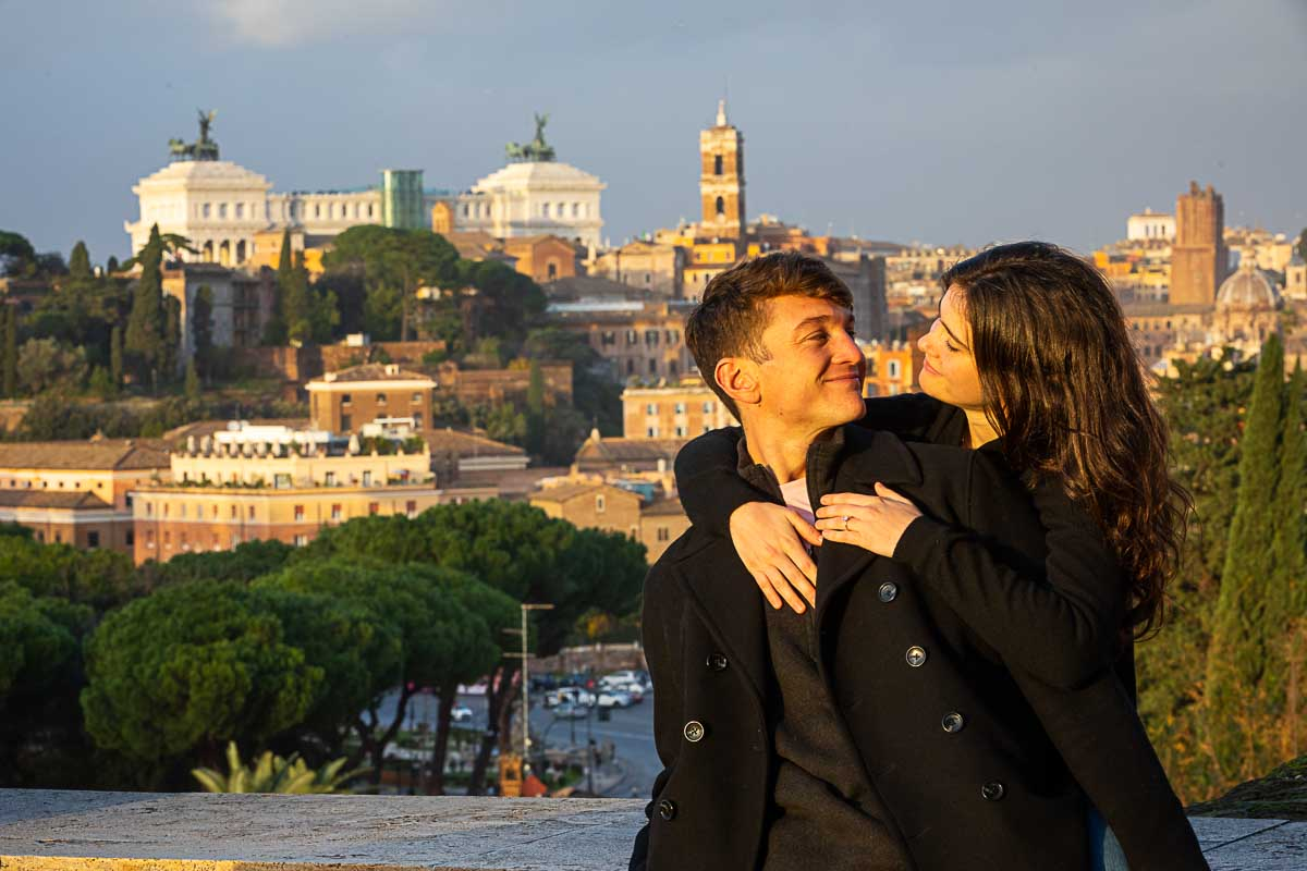 Rome couple photoshoot in front of the scenic panoramic view