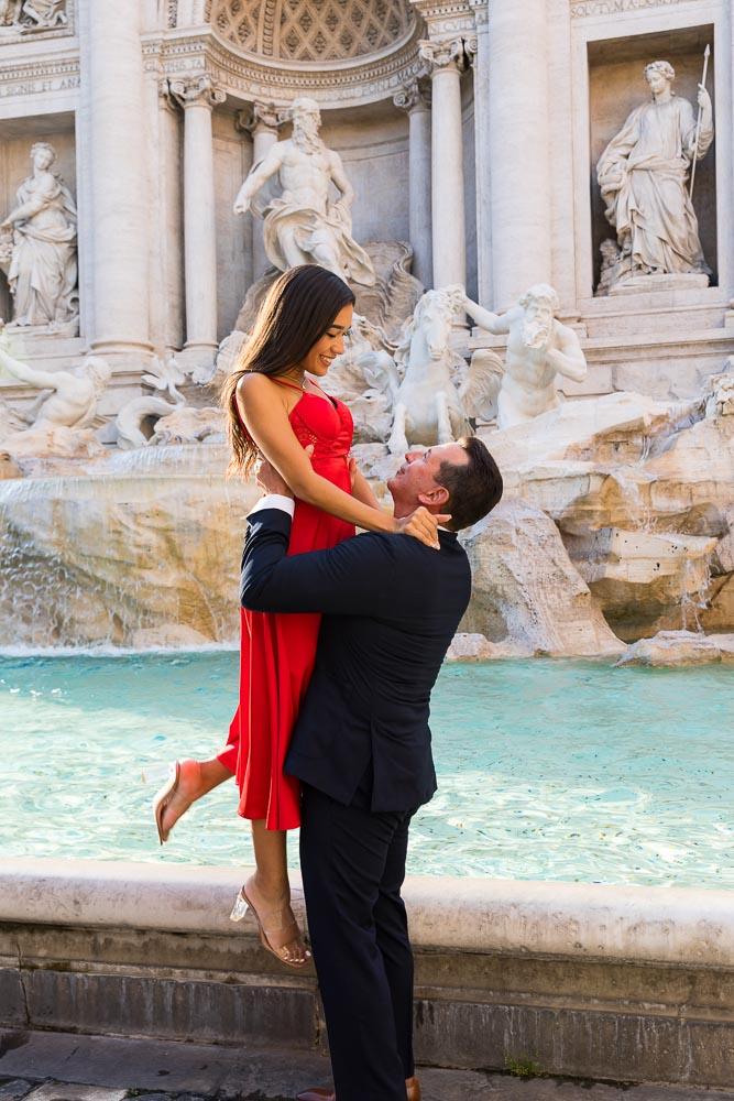 Trevi fountain couple photography